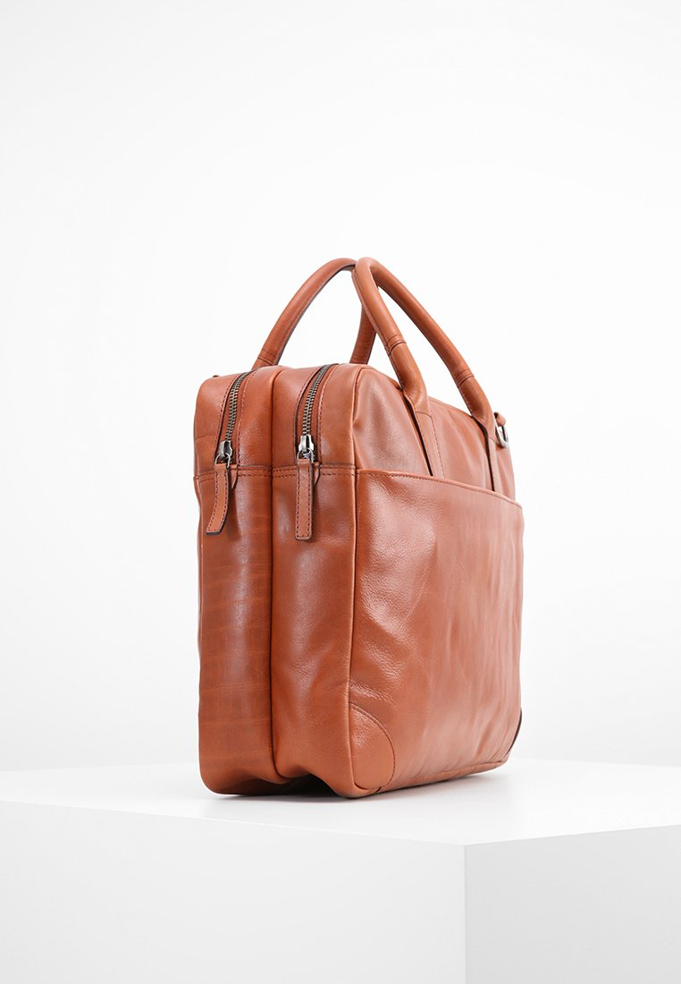 Royal RepubliQ EXPLORER - Mallette - cognac