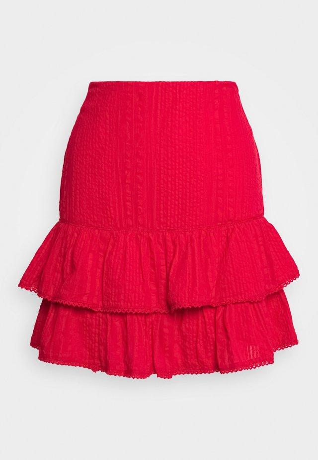 FRILL STRUCTURE - Spódnica trapezowa - red