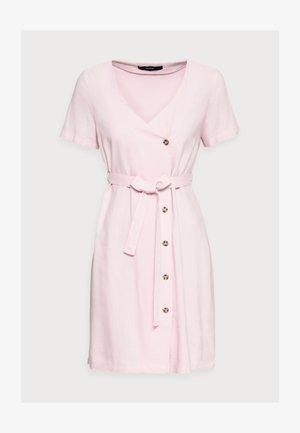 VMASTIMILO SHIRT DRESS - Denní šaty - roseate spoonbill
