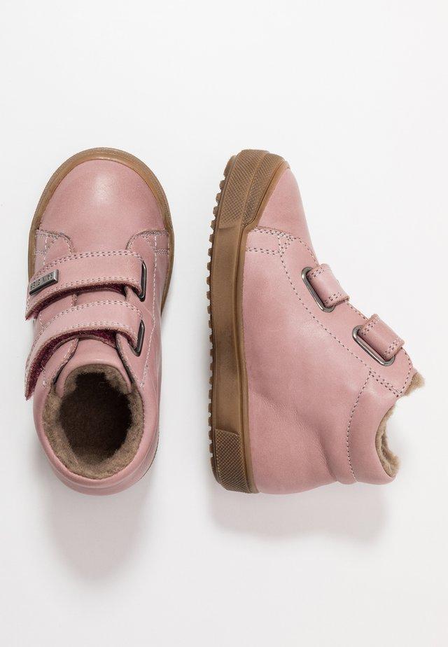 NEW MULAZ  - Zapatos con cierre adhesivo - rosa