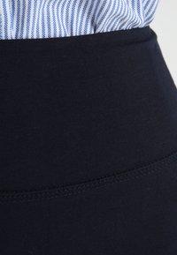 Kaffe - PENNY SKIRT - Pencil skirt - midnight marine - 4