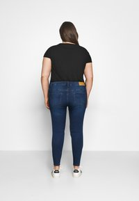 Noisy May Curve - NMCALLIE - Jeans Skinny Fit - medium blue denim - 2