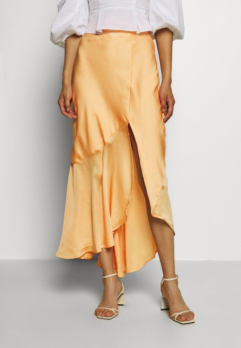 Who What Wear - ASYMMETRIC SLIP SKIRT - Maxi skirt - peach