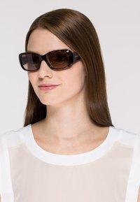 VOGUE Eyewear - Sunglasses - dunkelbraun - 1