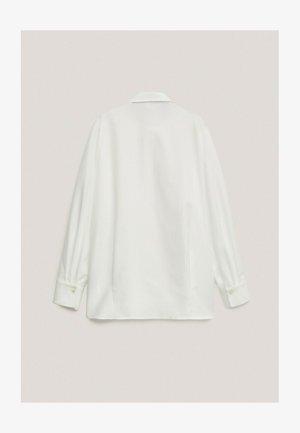 MIT RIPPENMUSTER  - Overhemdblouse - white