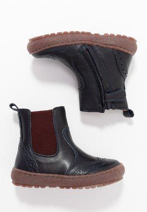 BOOTIES - Kotníkové boty - navy