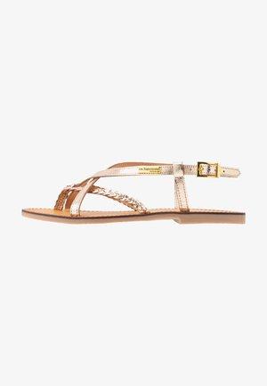 CHOU - T-bar sandals - or