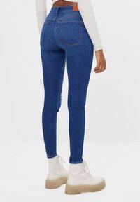 Bershka - MIT HOHEM BUND  - Jeans Skinny Fit - dark blue - 2