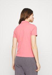 Lacoste LIVE - Polo shirt - amaryllis - 2