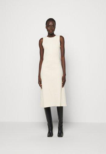 JODIE - Jumper dress - seedpearl white