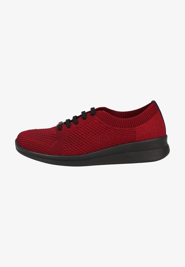 Sznurowane obuwie sportowe - dunkelrot