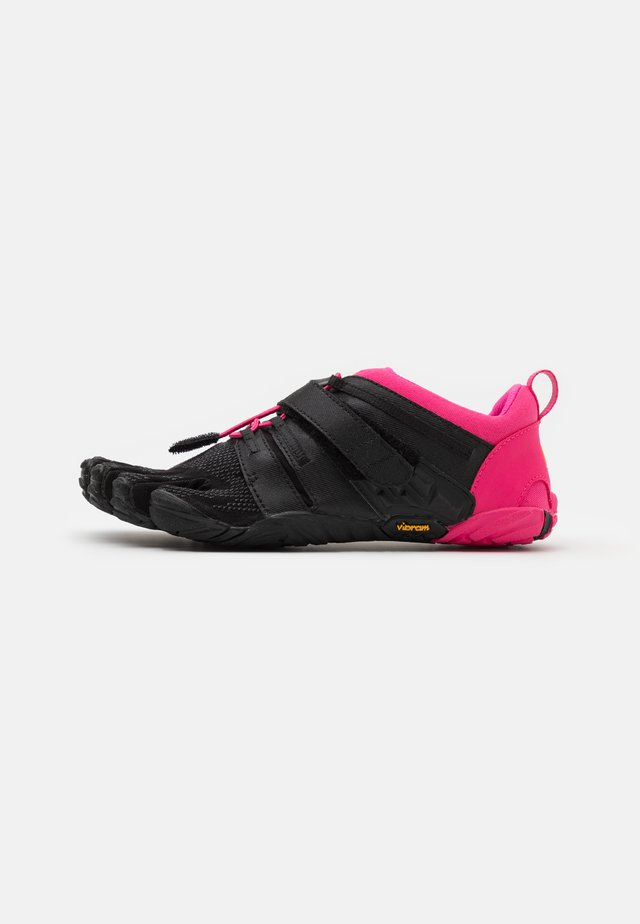 V-TRAIN 2.0  - Sports shoes - black/pink