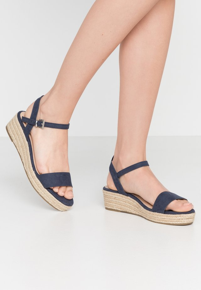WIDE FIT RHIANNA 2 PART - Loafers - navy