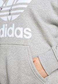 adidas Originals - HOODIE - Hoodie - grey/white - 6