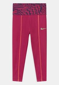 Nike Sportswear - PRINTED - Legginsy - fireberry - 2