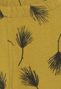 Mainio - PINE LEGGINGS - Leggings - Trousers - golden - 3