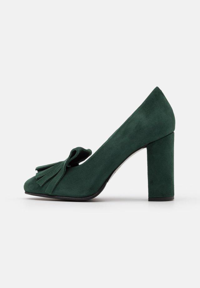 SLFMEL - Classic heels - scarab