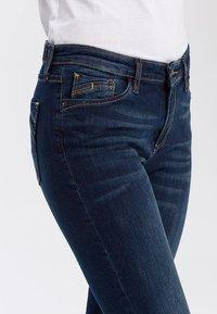 Cross Jeans - LAUREN - Bootcut jeans - deep blue - 3