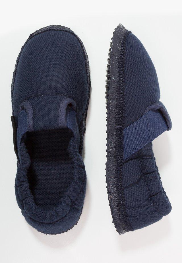 AICHACH - Domácí obuv - blue