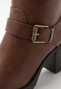 Anna Field Wide Fit - Platform ankle boots - brown - 2
