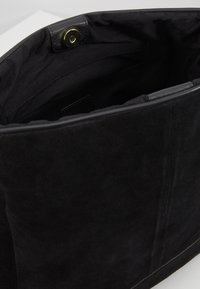 Anna Field - LEATHER - Bandolera - black - 4