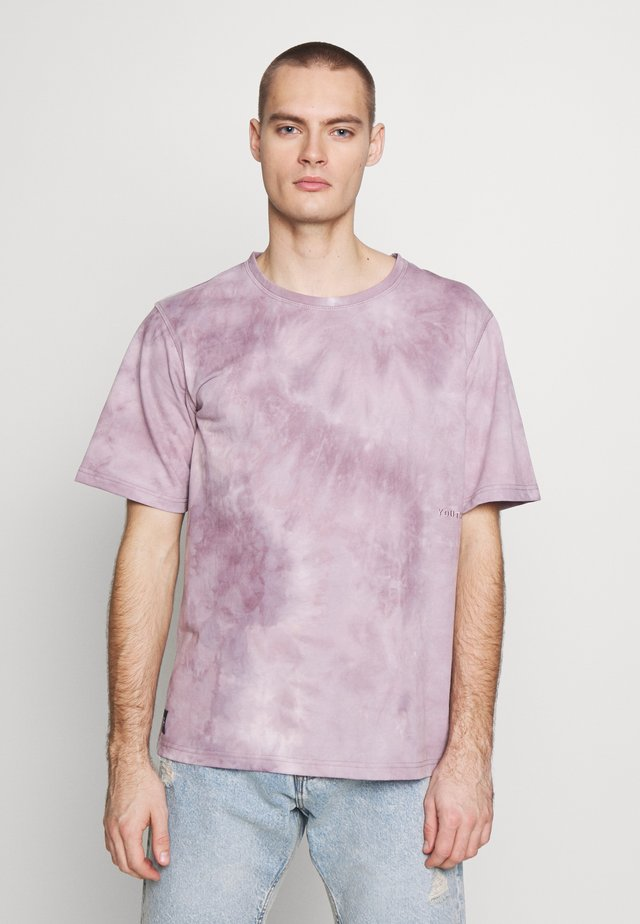 MORENO - Print T-shirt - purple