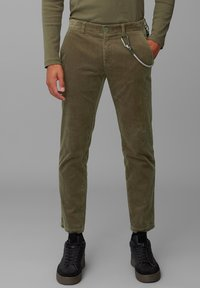 Marc O'Polo DENIM - Trousers - utility olive - 0