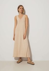 OYSHO - Pletené šaty - beige - 0