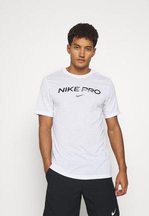 TEE PRO - Print T-shirt - white