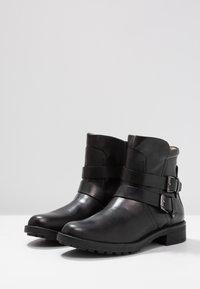 Vero Moda - VMVILMA BOOT - Cowboy- / bikerstøvlette - black - 4