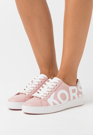 IRVING LACE UP - Zapatillas - smokey rose