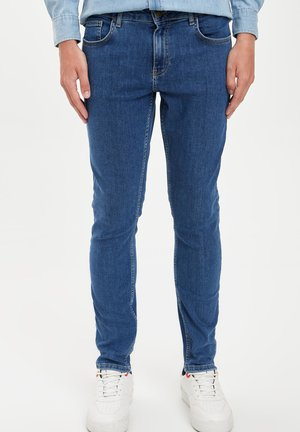 RELAXED FIT - Slim fit jeans - blue