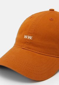 Wood Wood - LOW PROFILE - Cap - orange - 3