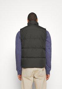 Carhartt WIP - DANVILLE VEST - Waistcoat - cypress/black - 2