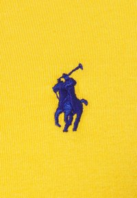 Polo Ralph Lauren - CUSTOM SLIM FIT JERSEY CREWNECK T-SHIRT - Basic T-shirt - gold bugle - 2