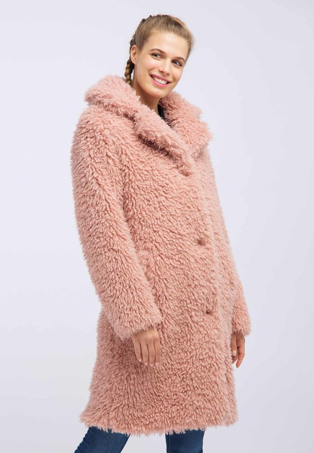Winter coat - light pink