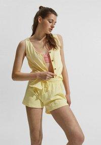 edc by Esprit - Shorts - light yellow - 4