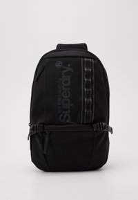 Superdry - COMBRAY SLIMLINE BACKPACK - Batoh - black - 0