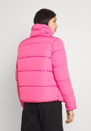 ONLCOOL PUFFER JACKET - Winter jacket - shocking pink