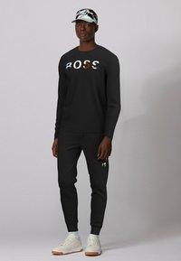 BOSS - TDIGITIZE - Maglietta a manica lunga - black - 1