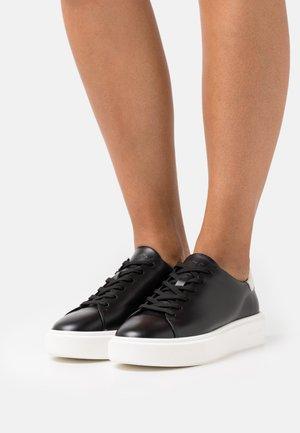 CORA  - Trainers - black