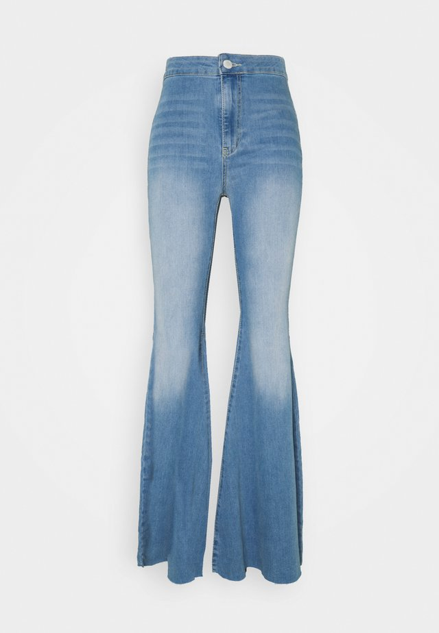 JUST FLOAT ON FLARE - Flared Jeans - bermondsey blue