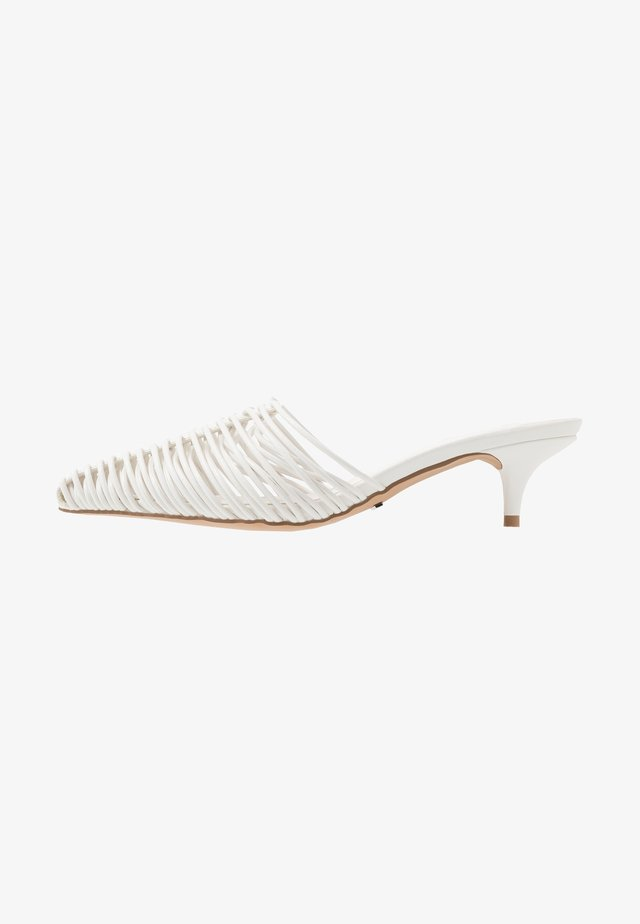JUMP POINT MULE - Heeled mules - white