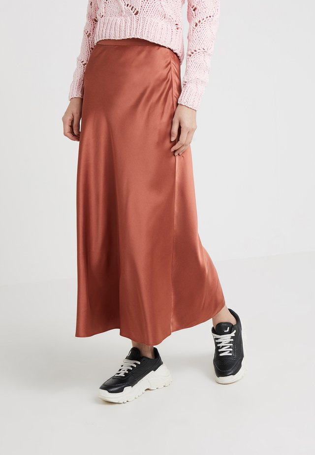 HOUSTON - Maxi skirt - red ochre