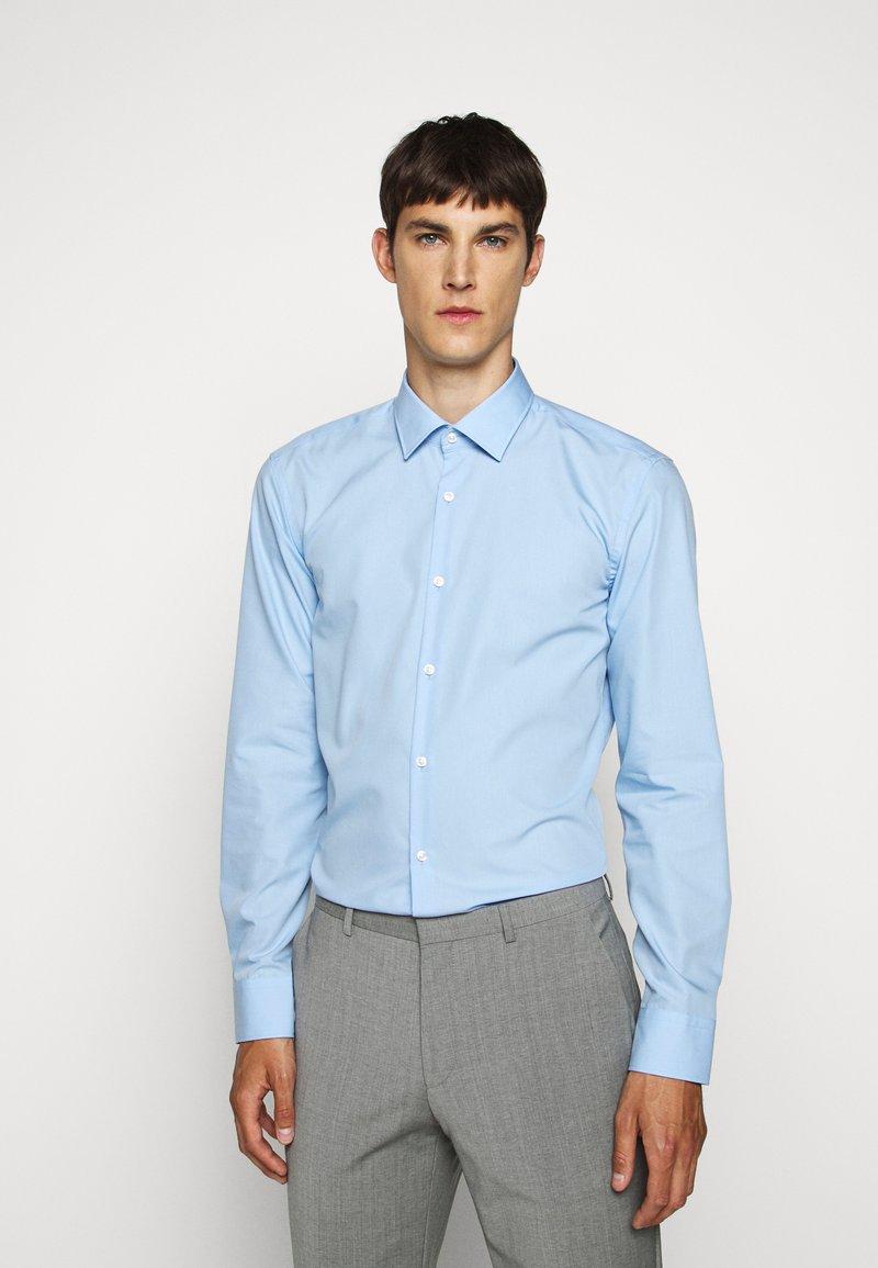 HUGO - KOEY - Formal shirt - light/pastel blue