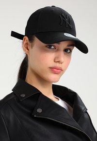 New Era - WOMENS TONAL 9FORTY NEYYAN  - Kšiltovka - black - 1