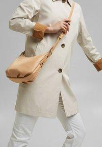 Esprit - Across body bag - camel - 0