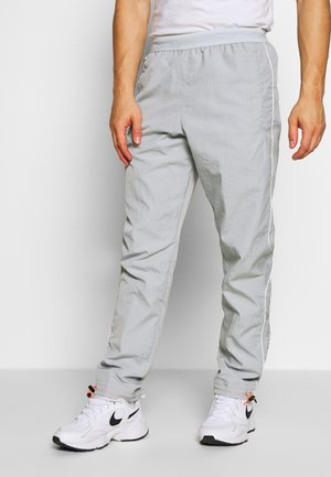 Tracksuit bottoms - smoke grey/pure platinum