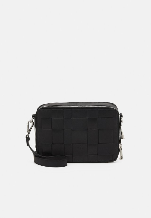 KELLIE CROSSBODY - Olkalaukku - black