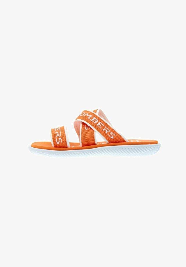 STYLE - Mules - naranja